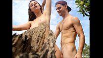 Safada sanba porno fode no meio da praia