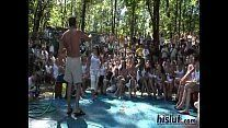 Safadas malandrinhas.net em desafio da camisa molhada