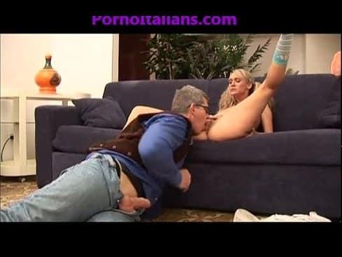 Loira em videos erotico dando para o vovo