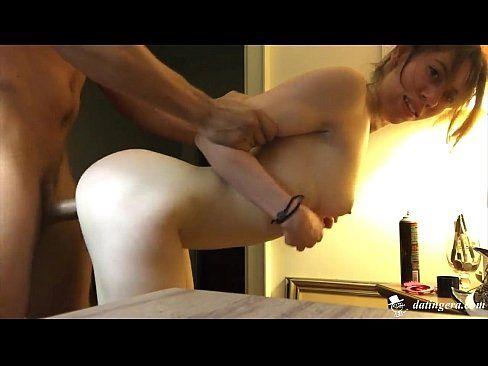 Novinha em um quarto de hotel do telecine piroca