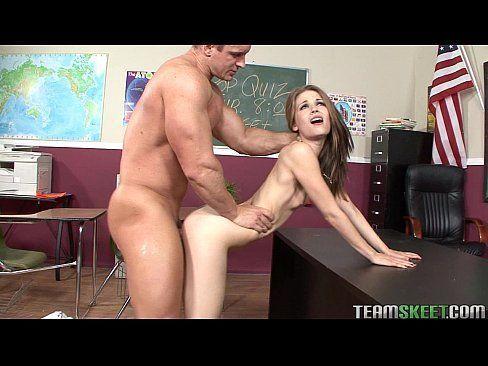 Novinha com seu professor em vidios porno