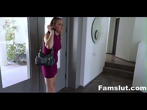 Novinha em videox metendo com seu tio
