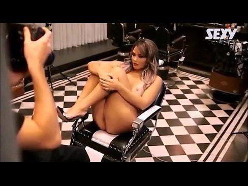 Video porno da geisy arruda nua posando