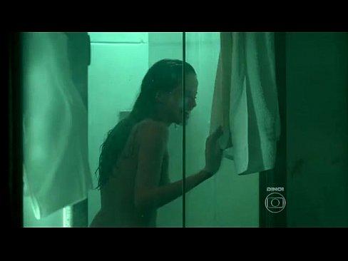 Bela agatha moreira nua em episodio de novela