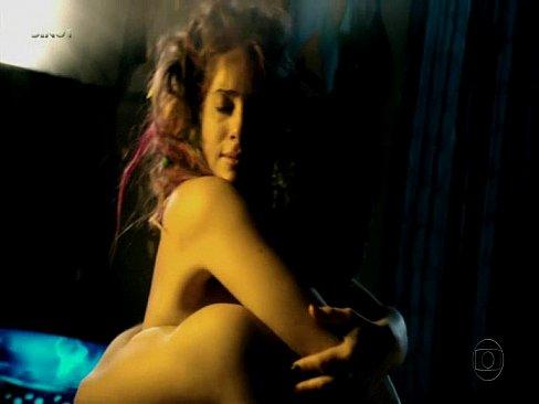 Safada leticia spiller pelada em sexo