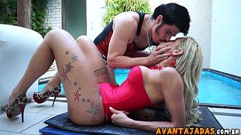 Loira travesti no www vidio de sexo metendo