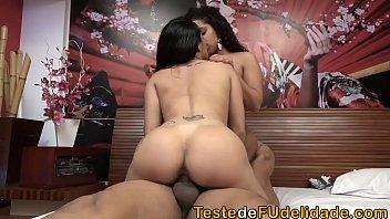 Boas mulheres brasileiras nuas gemem na foda