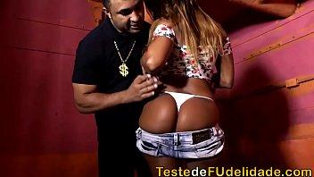 Comendo morena no porno caseiro brasileiro